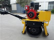 思拓瑞克生產小型壓路機 700kg壓土機