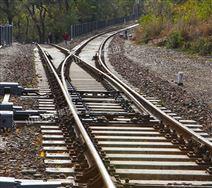 窄軌渡線道岔